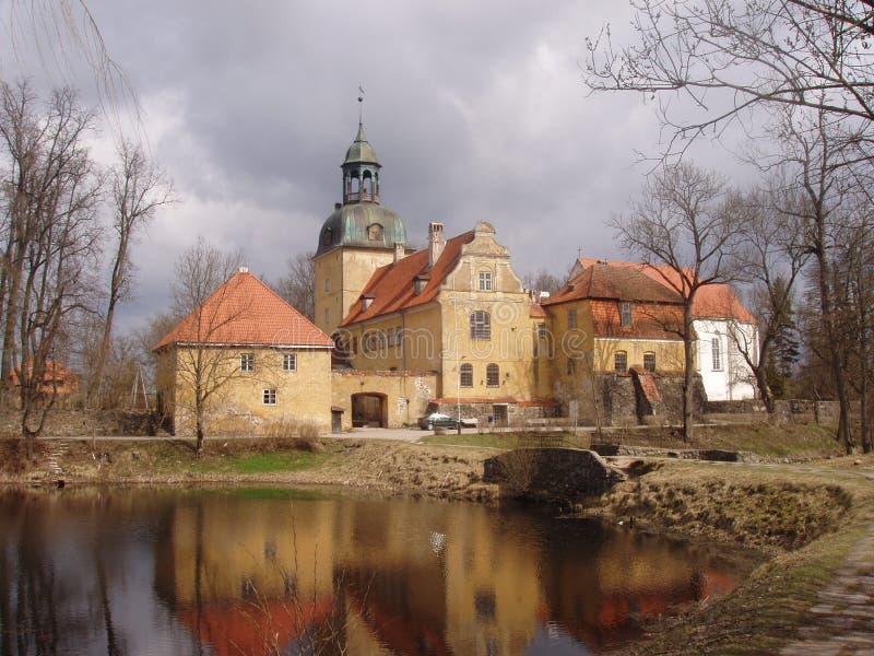 Vecchio castello nel Latvia fotografia stock libera da diritti