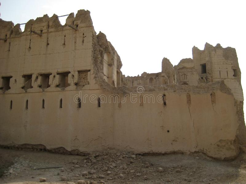 Vecchio castello nel sultanato dell'Oman immagine stock