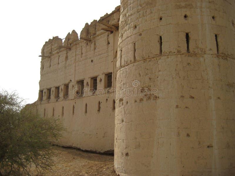 Vecchio castello nel sultanato dell'Oman fotografia stock