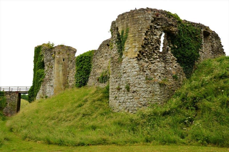 Vecchio castello in punti di riferimento di North Yorkshire - di Helmsley fotografia stock libera da diritti