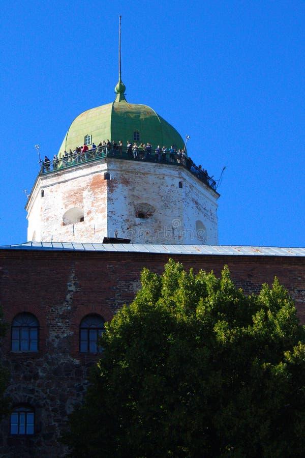 Vecchio castello svedese in Vyborg sulla festa immagine stock