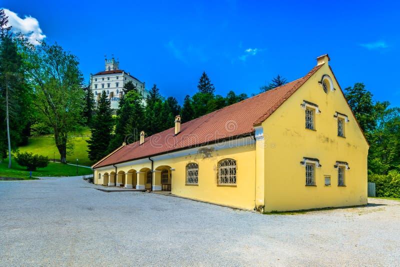 Vecchio castello Trakoscan in Croazia del Nord, Zagorje immagine stock libera da diritti