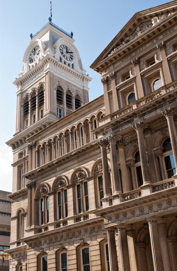 Vecchio comune, torre di orologio, Louisville, KY immagine stock libera da diritti