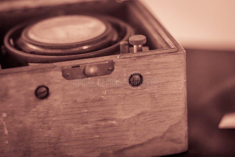 Vecchio cronometro marino d'annata, un orologio che è preciso e immagine stock libera da diritti