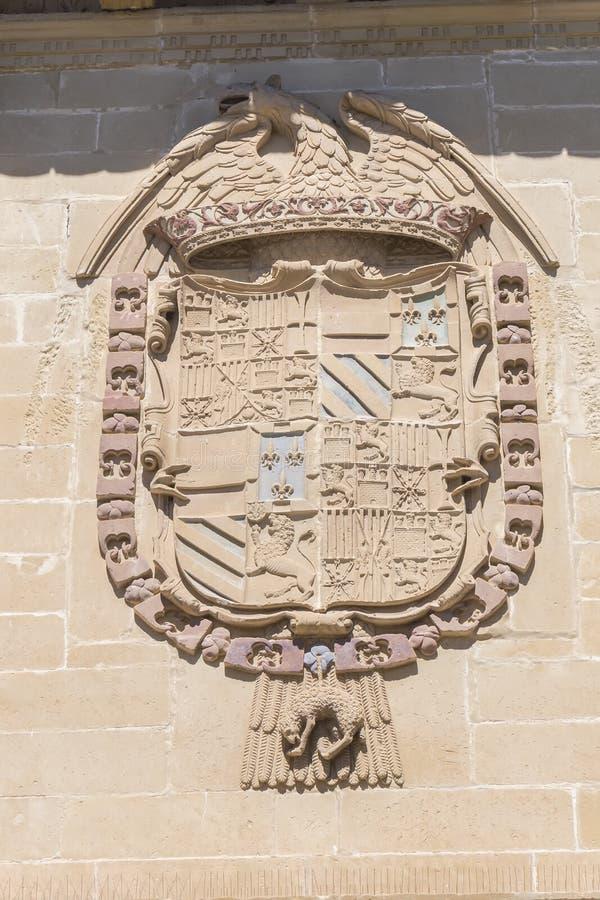 Vecchio dettaglio della facciata della casa e della prigione della giustizia, ora comune, Baeza, immagine stock