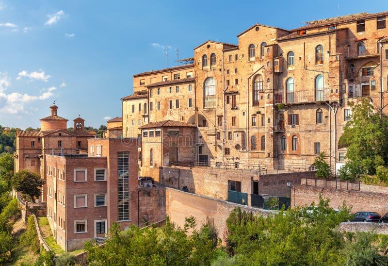 Vecchio edificio residenziale tipico medievale a Firenze, Italia fotografia stock