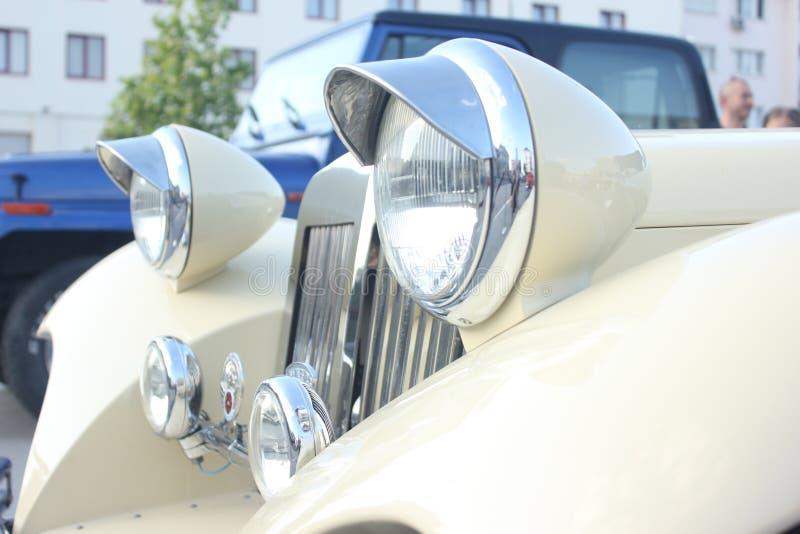 Download Vecchio Faro Dell'automobile Immagine Stock - Immagine di sport, chrome: 55365205