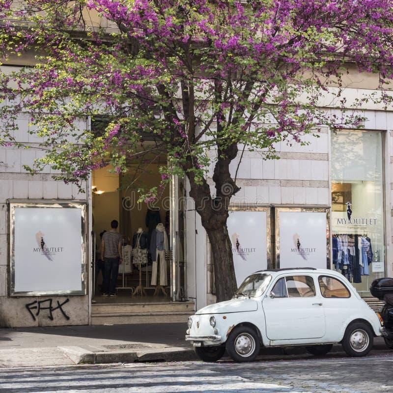 Vecchio Fiat immagini stock libere da diritti