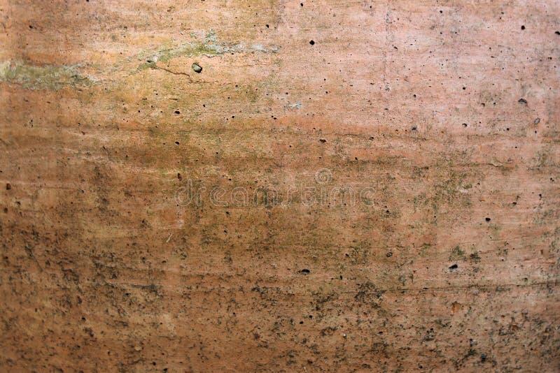 Vecchio fondo marrone della crepa della parete immagini stock libere da diritti