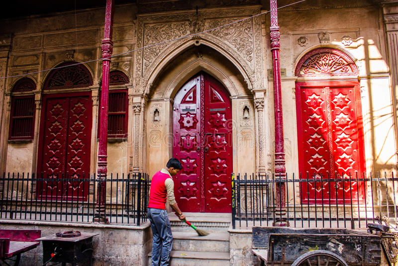 Vecchio Haveli/palazzo nei bylanes di Delhi fotografia stock libera da diritti