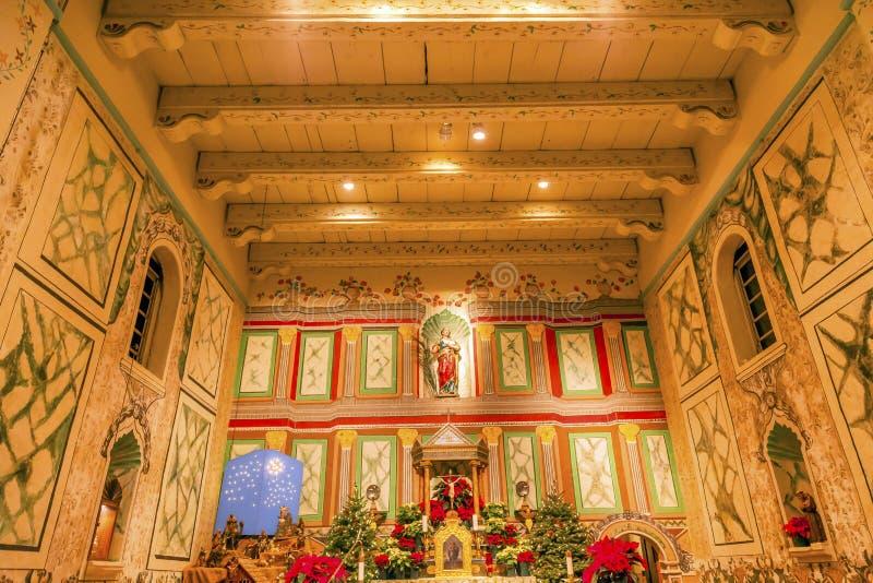 Vecchio incrocio di Santa Ines Solvang California Basilica Altar di missione fotografie stock libere da diritti