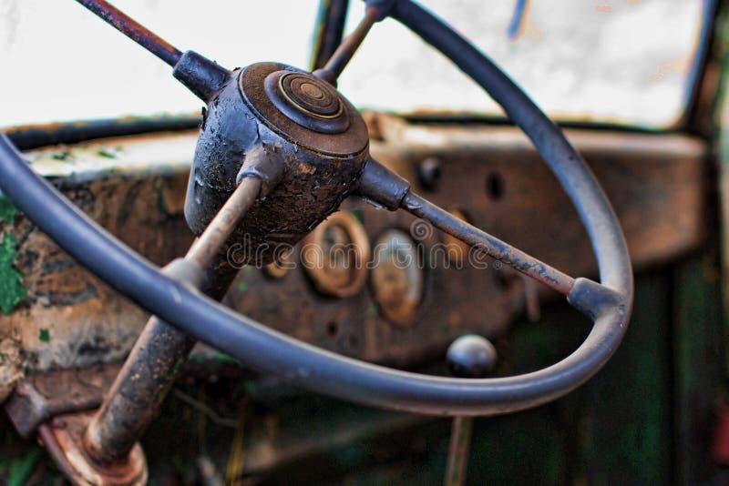 Vecchio interiore del camion fotografie stock