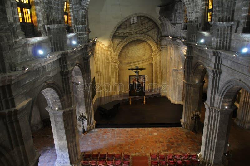 vecchio interno di Avana della chiesa immagini stock libere da diritti
