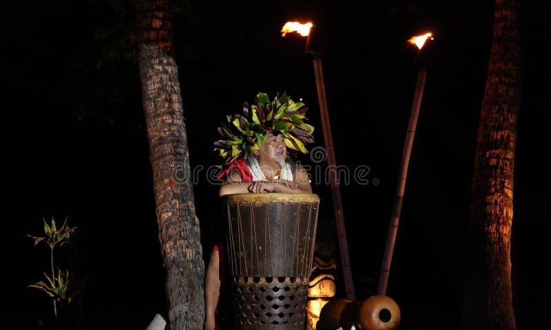 Vecchio Lahaina Luau - uomo hawaiano fotografie stock libere da diritti
