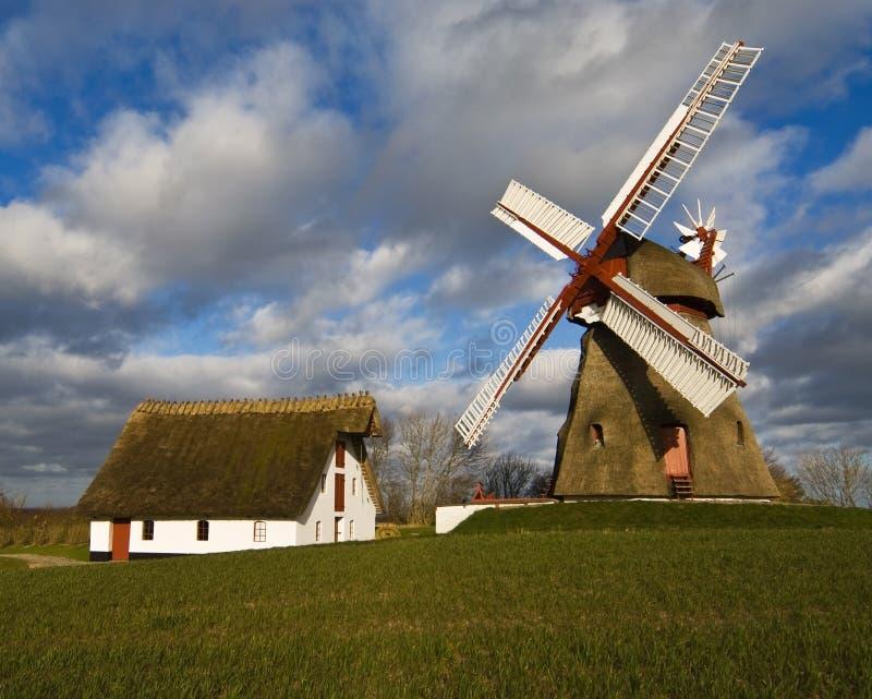Vecchio laminatoio di vento fotografia stock
