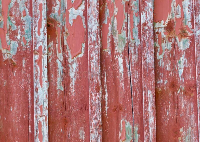 Vecchio legno del granaio della sbucciatura fotografie stock