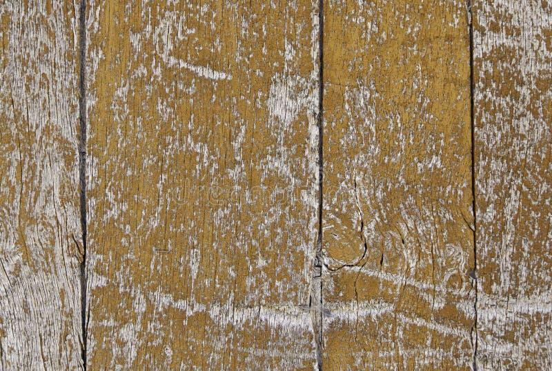 Vecchio legno dipinto scheggiato ed abbandonato fotografia stock libera da diritti