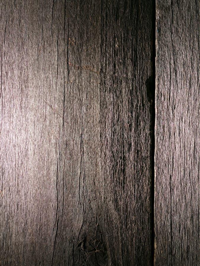 Vecchio legno grezzo annodato incrinato marcio stagionato fotografia stock