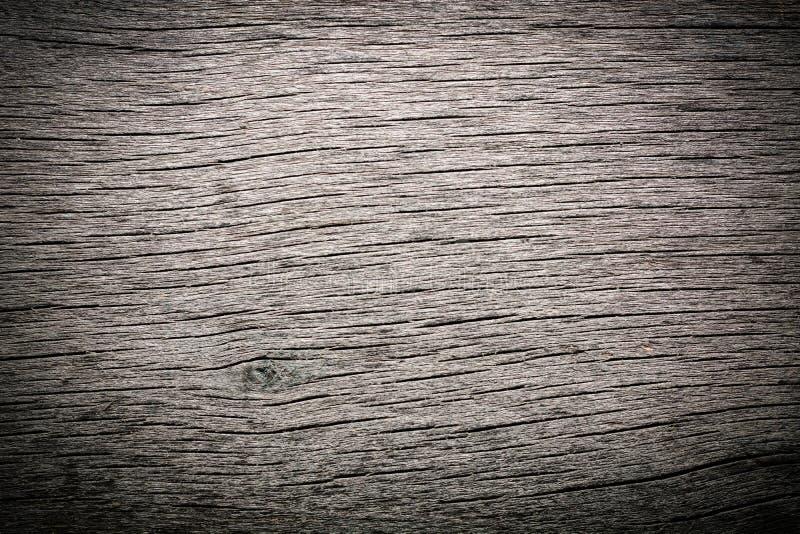 Vecchio legno grezzo annodato incrinato marcio stagionato fotografie stock libere da diritti