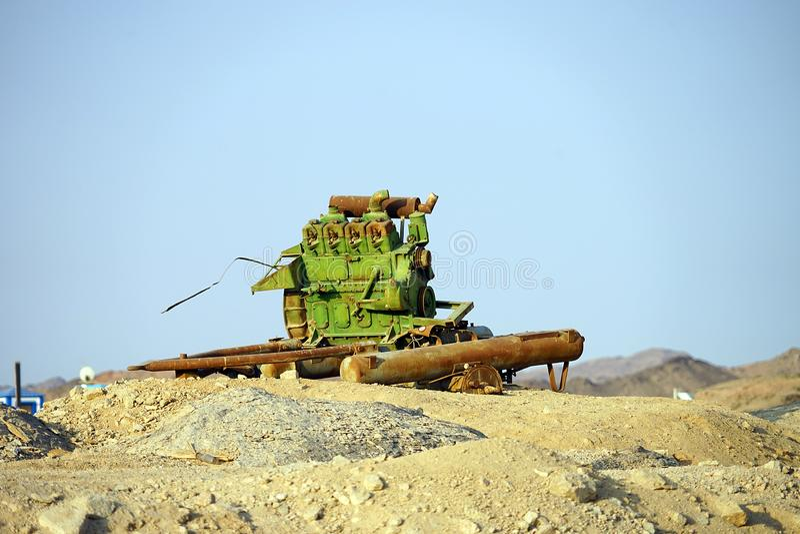 Vecchio motore nel deserto Egitto Luxor fotografia stock libera da diritti
