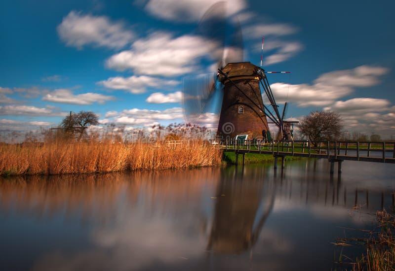Vecchio mulino a vento in Kinderdijk, Paesi Bassi immagine stock libera da diritti