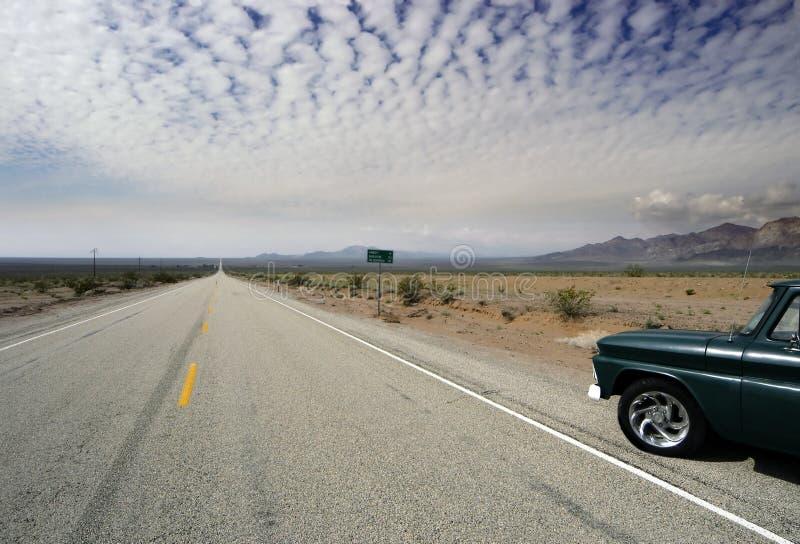 Vecchio orizzonte del deserto dell'itinerario 66 fotografia stock libera da diritti