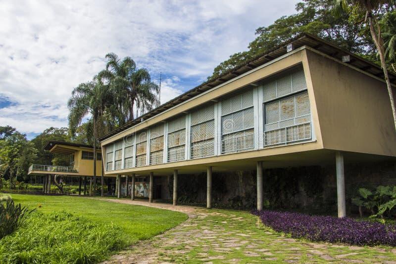 Vecchio palazzo - parco della città, Sao Jose Dos Campos - Brasile immagine stock