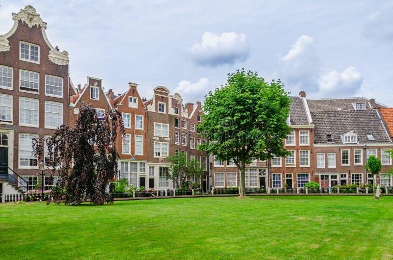 Vecchio patio Begijnhof a Amsterdam, Paesi Bassi fotografie stock
