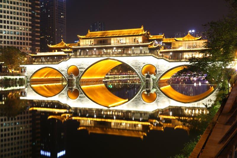 Vecchio ponte a Chengdu, Cina immagine stock