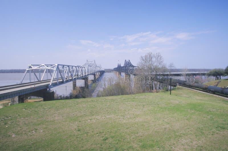 Vecchio ponte di Vicksburg che attraversa ms River in Vicksburg, ms in Luisiana fotografia stock