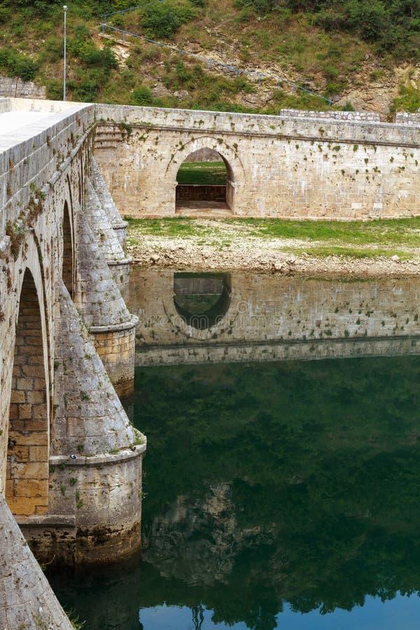 Vecchio ponte Visegrad, Bosnia-Erzegovina immagini stock libere da diritti
