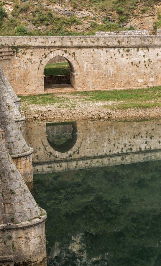 Vecchio ponte Visegrad, Bosnia-Erzegovina fotografia stock libera da diritti