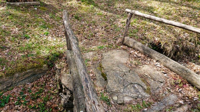 Vecchio ponticello di pietra fotografia stock