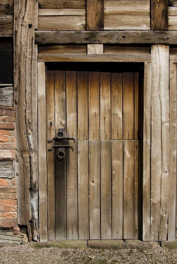 Vecchio portello stabile fotografia stock