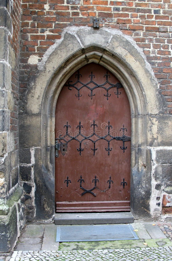 Vecchio primo piano del portello della chiesa, Wittenberg, Germania fotografia stock libera da diritti
