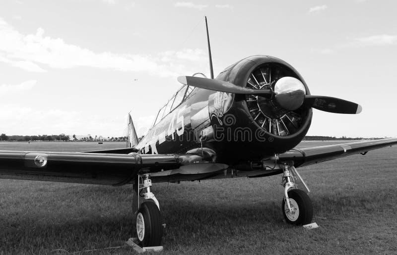 Vecchio primo piano dell'aereo di combattimento del combattente fotografia stock