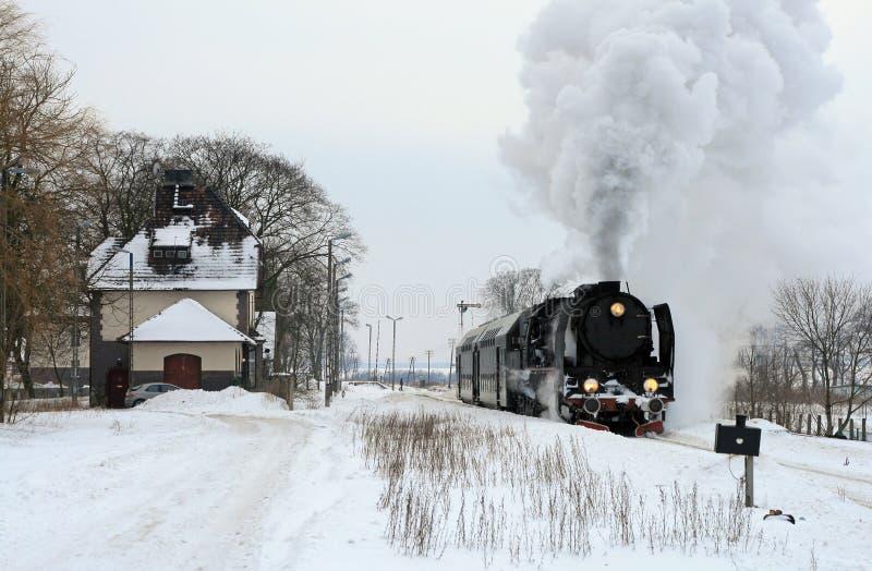 Vecchio retro treno del vapore fotografia stock