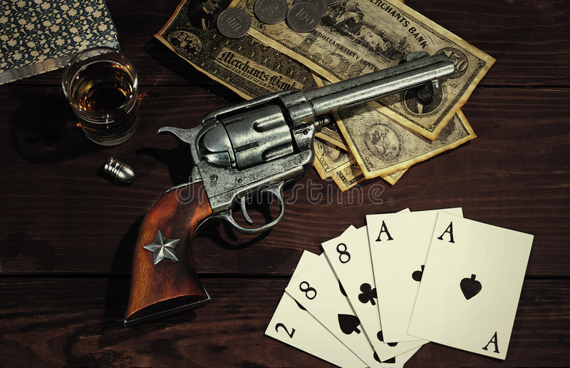Vecchio revolver ad ovest immagini stock libere da diritti