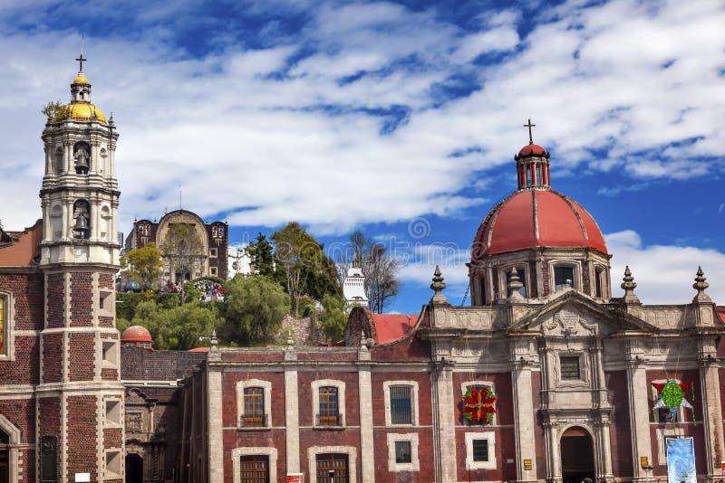 Vecchio santuario della basilica di Guadalupe Mexico City Mexico immagini stock
