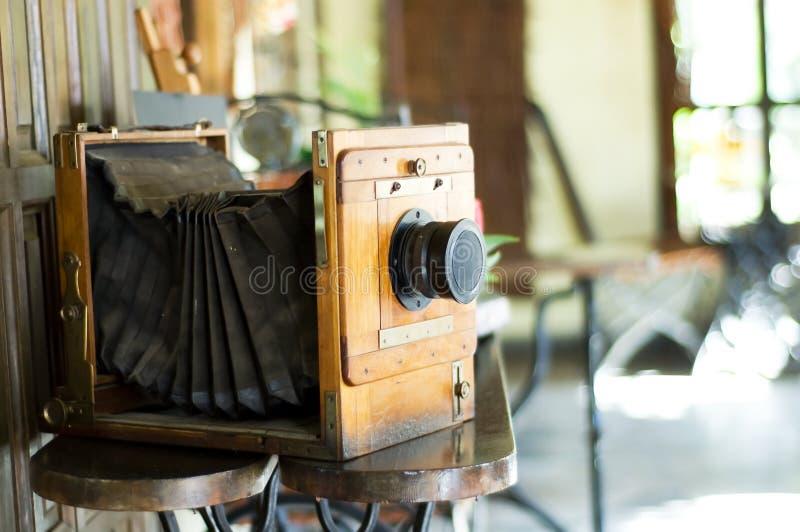 Vecchio spazio analog della copia dello studio della macchina fotografica fotografia stock libera da diritti