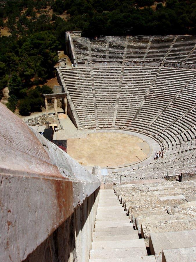 Vecchio teatro di Epidauros fotografia stock libera da diritti