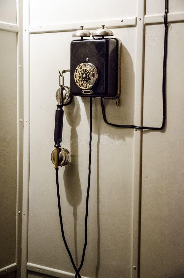 Vecchio telefono del disco fotografia stock