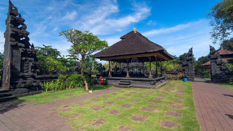 Vecchio tempio di Famouse sull'isola Bali in Indonesia fotografie stock