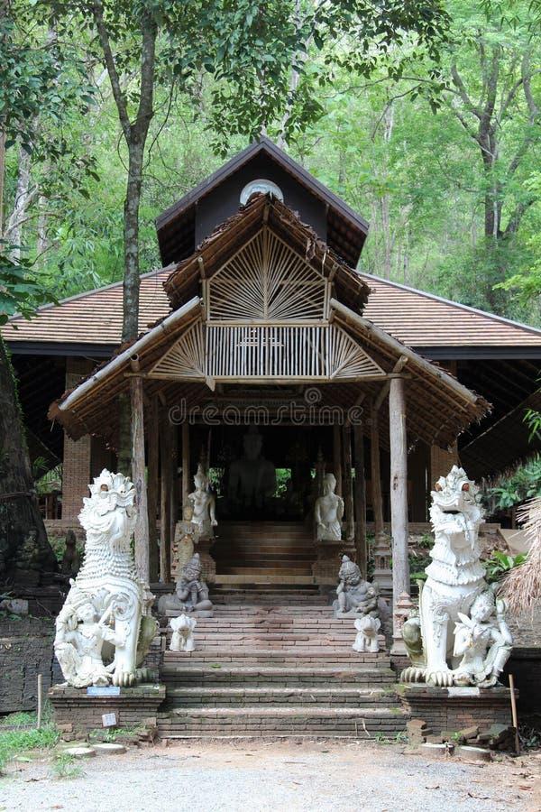 Vecchio tempio tailandese di Wat Phalad, Chiangmai, Tailandia del Nord immagine stock libera da diritti