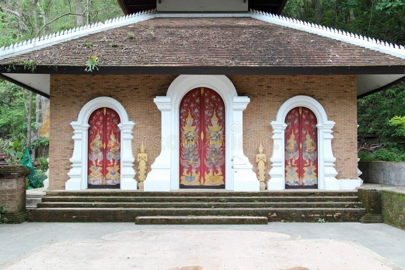Vecchio tempio tailandese di Wat Phalad, Chiangmai, Tailandia del Nord fotografie stock