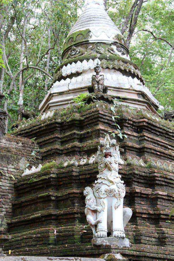 Vecchio tempio tailandese di Wat Phalad, Chiangmai, Tailandia del Nord fotografie stock libere da diritti