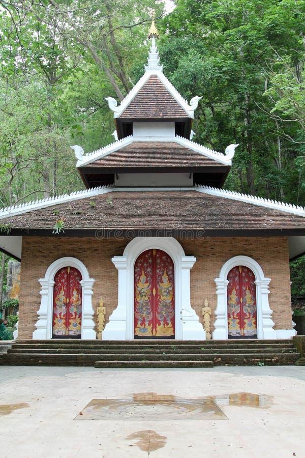 Vecchio tempio tailandese di Wat Phalad, Chiangmai, Tailandia del Nord fotografia stock libera da diritti