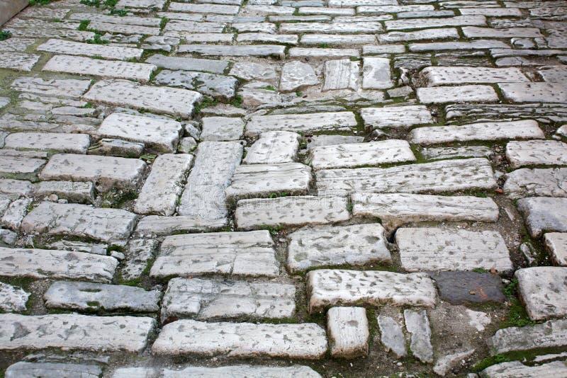 Vecchio tempo di Roman Empire della strada La Croazia Pola immagini stock