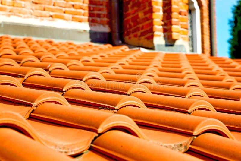 vecchio tetto in Italia la linea di architettura diagonale immagine stock libera da diritti