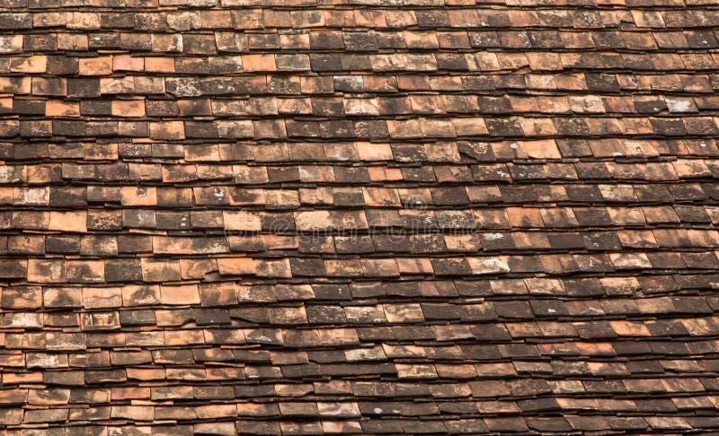 Vecchio tetto marrone del mattone fotografia stock libera da diritti